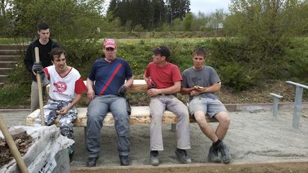 Die neue Sitzgruppe an der Schutzhütte
